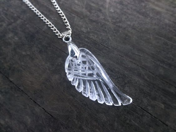 CLEARANCE! Quartz Crystal Angel Wing Necklace // Carved Quartz Feather Necklace // Clear Crystal Wing Necklace // Crystal Bird Wing Necklace quartz necklace crystal necklace quartz pendant angel wing necklace angel wing pendant wing necklace boho crystal quartz crystal gemstone necklace quatrz necklace quartz jewelry crystal jewelry wing pendant 5.00 USD #goriani