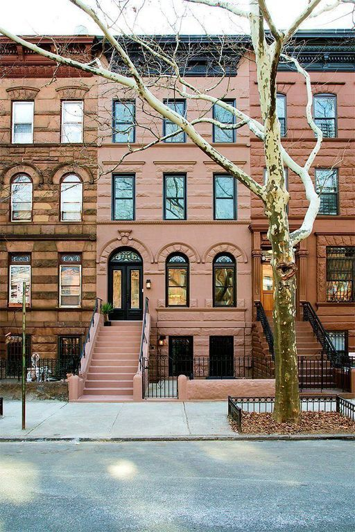 Zillow Has 115 534 Homes For Sale In New York View Listing Photos Review Sales History And Use Our Det New York Brownstone Brooklyn House Bedford Stuyvesant