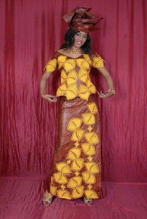 Afrikanische Bazin Kleid mit goldener von NewAfricanDesigns auf Etsy