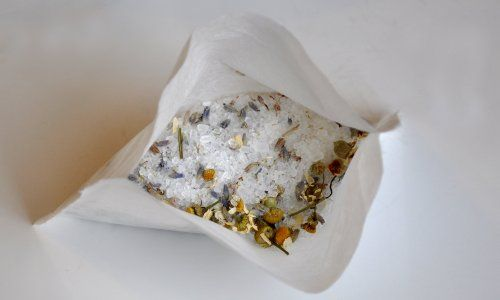 Homemade Bath Salts, Oils, and Herbs   Make and Takes
