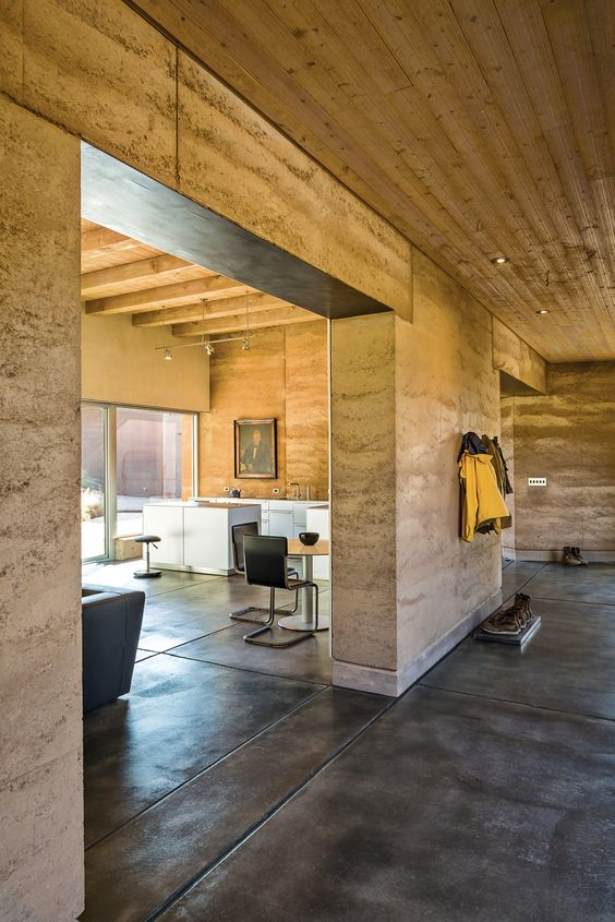 A sustainable rammed earth home in new mexico just love for Rammed earth home designs