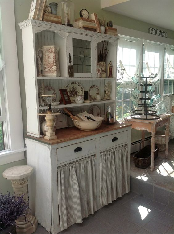 Hutch with my collection of Brown transferware: