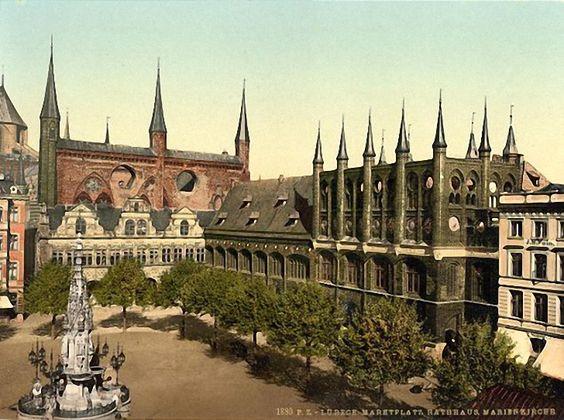 Postkarte, Rathaus von Lübeck, um 1900