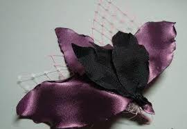 Resultado de imagen para como hacer flores de tela