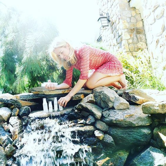 Another behind the scenes...clearly not as glamorous as it looks! #thephacelife #ph #phbalance #clearskin #healthyskin #nature #buidingabrand #waterfall #photoshoot #behindthescenes #homesweethome #greenwich #kellystuart #thoserocksarenotsturdy