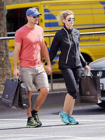 SPOTTED! Faith Hill sports the Saucony Mirage. Buy them here: http://www.famousfootwear.com/Shopping/ProductDetails.aspx?p=91717&pg=1023971