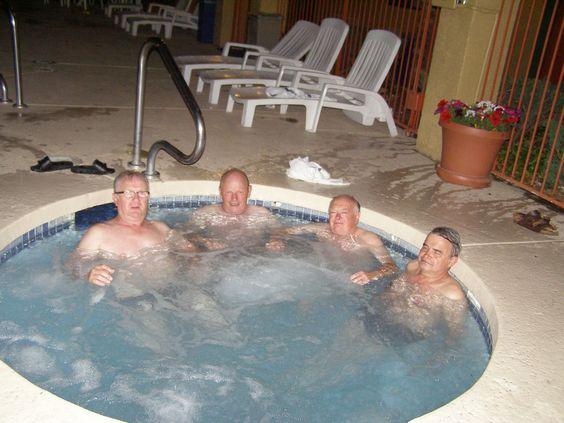 Les papys sur la #route 66 - Les tribulations de 4 amis quinqua et sexagénaires partis réaliser leur rêve sur la route 66. Frissons garantis !