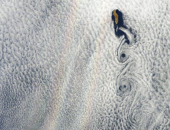 Double Rainbow From Space!: Vortexes Clouds, Clouds Well, Favorite Places Spaces, Thin Clouds, Vortex Clouds, Beautiful Places, Stratocumulus Clouds, Glory Rainbow