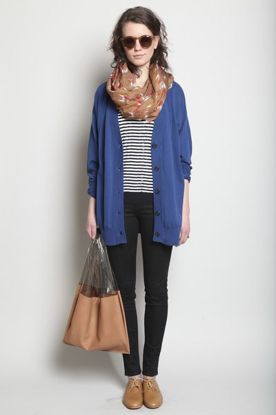 Slouchy sweater and skinny pants for fall