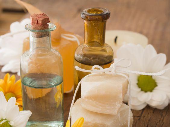 Transformez votre cuisine en salon de beauté! Voici 9 recettes de cosmétiques faits maison: #DYI #cosmetique #cuisine