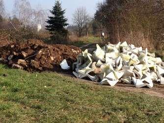 Illegal rund 25 Tonnen Bauschutt entsorgt: Ärger in Dreieich und Neu-Isenburg | Neu-Isenburg