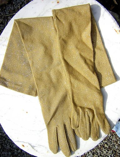 yellow dress gold accessories gloves
