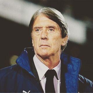 Descansa en PAZ #CesareMaldini grande entre los grandes.