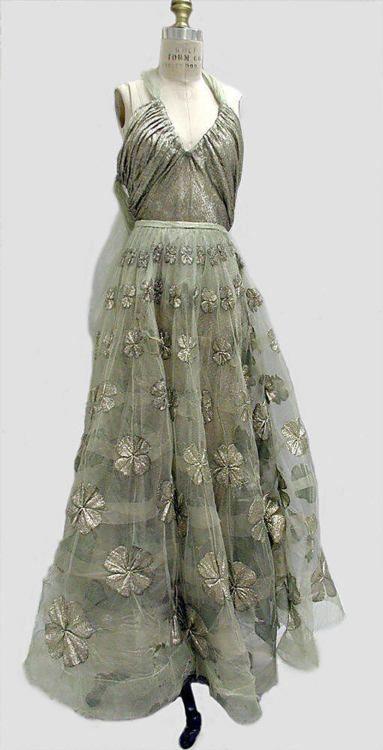 Madeleine Vionnet evening dress, 1939 - lamé & a net skirt covered in four-leaf clovers