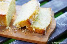 Zitronen-Zucchini Kuchen || lemony zucchini bread with lemon glaze