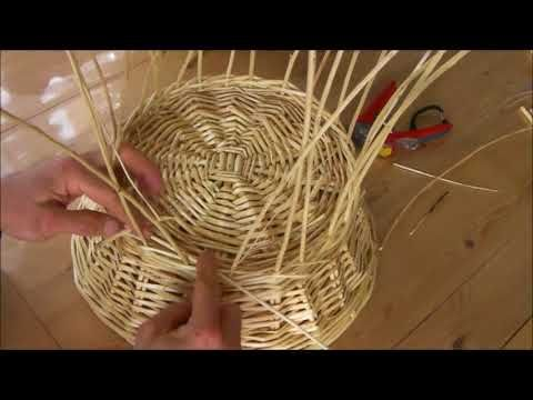 Episode 13 Comment Faire Un Rebord Solide Sous Le Panier Explications Faciles Youtube Panier En Osier Corbeille En Osier Osier