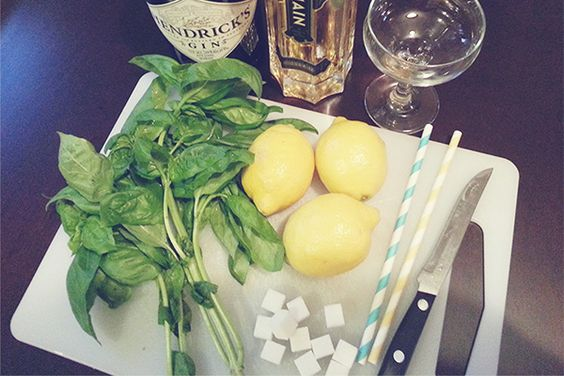 3 Amazing Cocktails to make with Basil, Lemon and Gin!