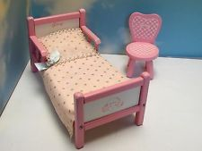 VINTAGE PINK  WOOD GINNY BED & CHAIR ORIGINAL BED SPREAD & SHEETS NICE! NR!