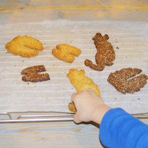Gezonde koekjes...? Ja, gezonde koekjes! Suikervrij, zuivelvrij, glutenvrij - en lekker! Lekker recept voor kinderen. http://dekinderkookshop.nl/recipe-items/gezonde-koekjes/