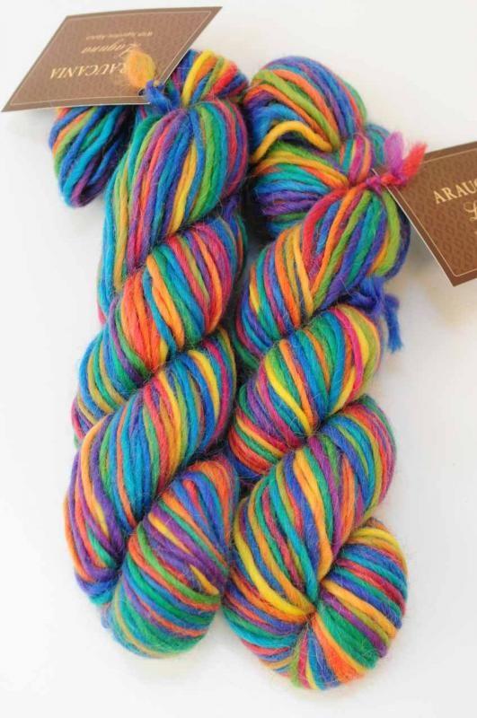 Araucania Laguna yarn, 60% alpaca, 40% wool. Annaclare.