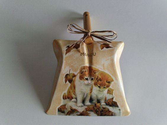 pelle chat roux en métal décorée fait main : Accessoires de maison par idees-cadeaux-d-ameline
