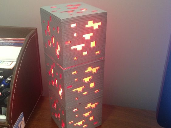 Minecraft redstone ore lamp by I_am_me.