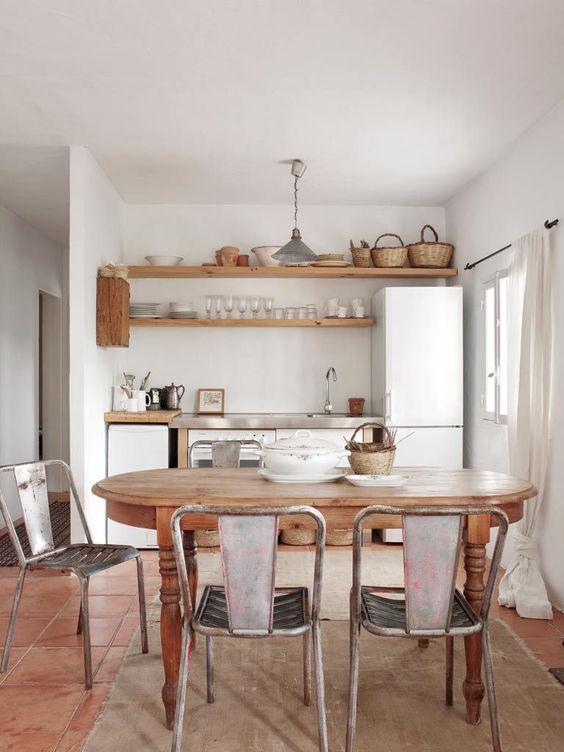 Une maison simple pour les vacances à Ibiza - PLANETE DECO a homes world