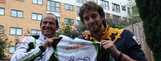 El gesto de oro de Pau Gasol con el ciclista discapacitado Diego Ballesteros