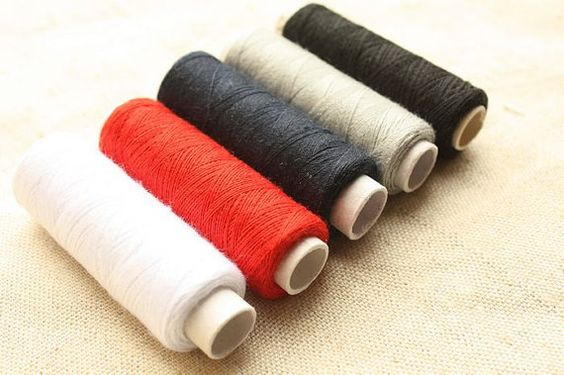 one set of 5 different colors thread /100 by VintageGirlDesign, $4.00