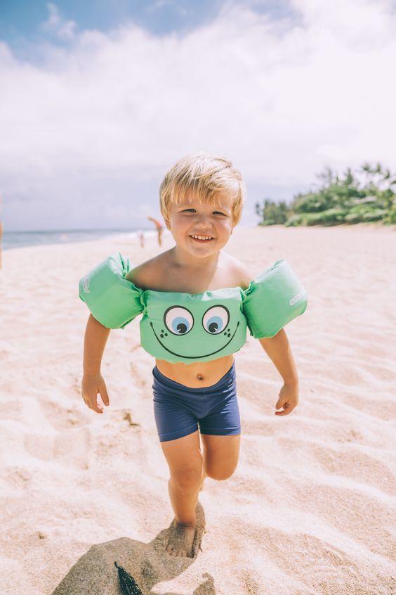 fotos de crianças tumblr na praia radiante