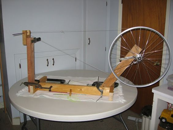 Rosemary Knits: Updates to my bicycle wheel spinning wheel