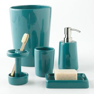 Pinterest the world s catalog of ideas for Teal green bathroom accessories