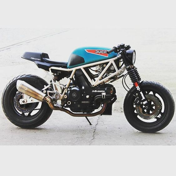 Ducati by @jvb_moto #custom #bratstyle #caferacer #builtnotbought #r100…