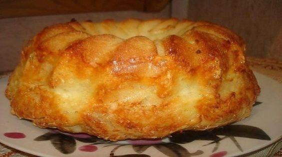 «Обезьяний» хлеб с сыром и чесноком.  «Обезьяний» хлеб — отличное дополнение к первым блюдам и не только… Оно подойдет и в качестве самостоятельного блюда, для перекусов и в качестве закуски…