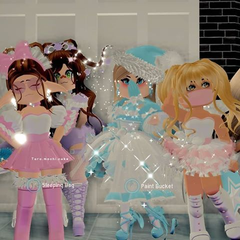 Royale High Friends Roblox Pictures High Pictures Oufit Ideas