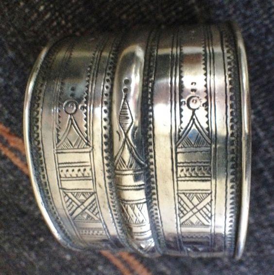 Tuareg Silver Bracelet More Info: https://www.etsy.com/listing/242381062/tuareg-silver-bracelet BY INEKE HEMMINGA #Tuaregjewelry