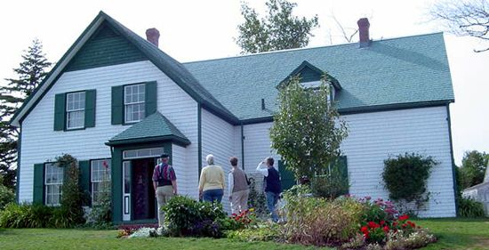 Anne Of Green Gables House With Lots Of Anne Of Green Gables