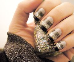 This nail art is great for the Winter
