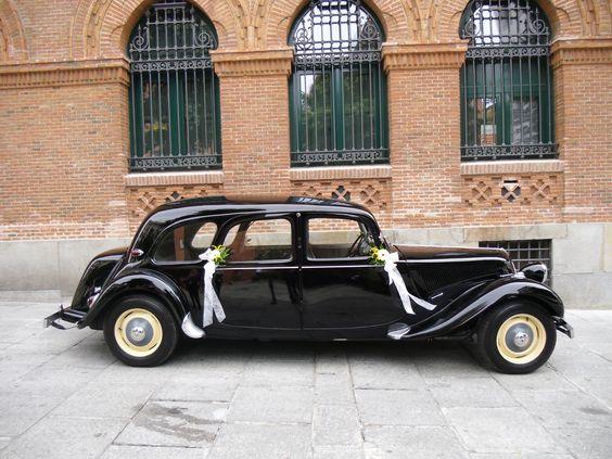 www.cochebodamadrid.com, en la iglesia de la Paloma en Madrid