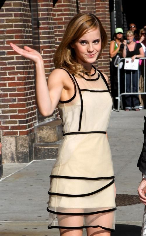 Emma Watson Armpit Emma Watson Love The Dress And Hair