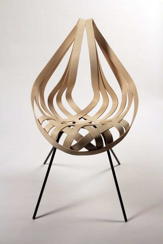 Saji Chair by Laura Kishimoto. Ash Veneer, mild steel. Fall 2012 #design #chair #chaise: