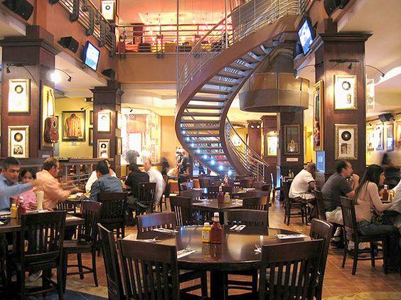 Hard Rock Cafe in Dominican Republic activities | hard-rock-interior