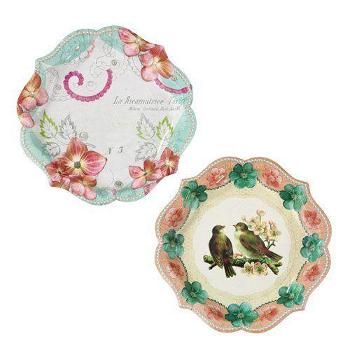 Bijna te mooi om te gebruiken deze vintage papieren borden. Geweldig om je sandwiches, cupcakes en andere lekkernijen mee op te dienen. Gebruik ze tijdens een picknick,  een afternoon tea of op je bruiloft. Of plak ze op de muur!