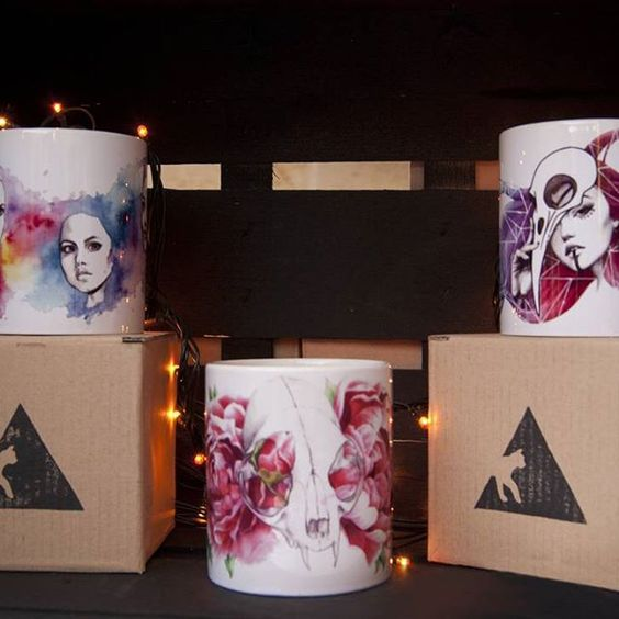 You can follow us on Facebook: facebook.com/triangleandcat #mug #mugcake #mugs  #awesome #illustration #triangleandcat