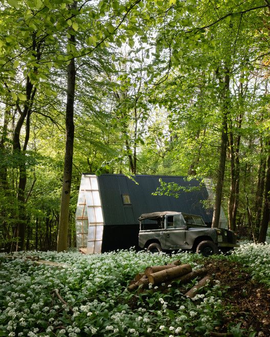 Gallery Of Trailer Invisible Studio 26 House In The Woods