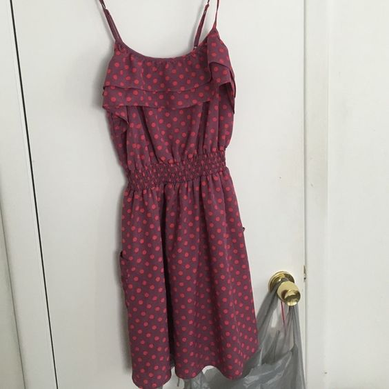 Dress w/side pockets Small polkadots dress with side pockets Xhilaration Dresses Mini