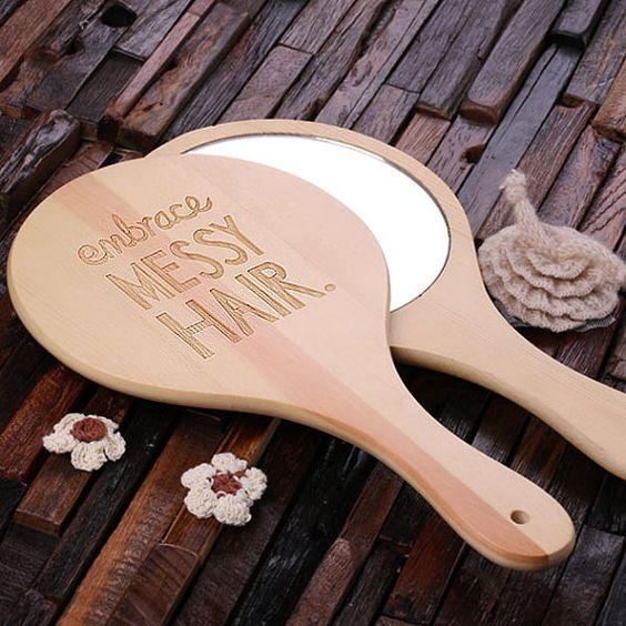 Espejo mano madera personalizado grabado y con por TealsPrairie