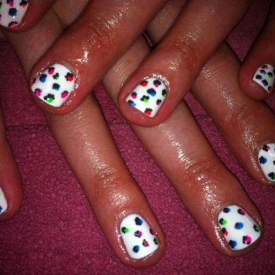 Such a fun design! Neon leopard spots