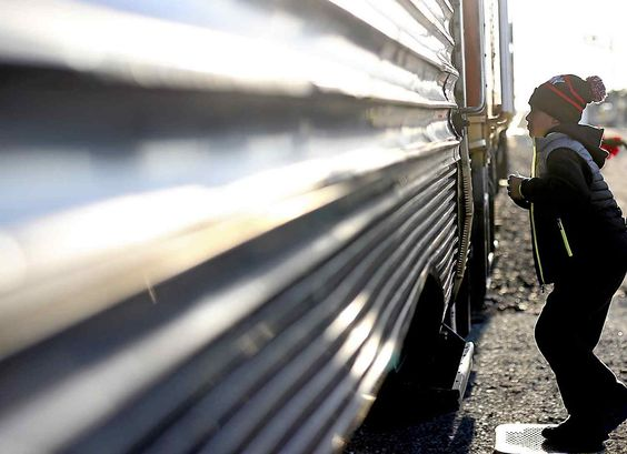 Families flock to Train to Christmas Town in Watsonville | Train ...