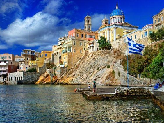 Vezi pe aktual24.ro imagini de pe 9 insule superbe din Grecia.